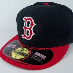 Boston Red Sox New Era 59fifty Fitted CAP NWT